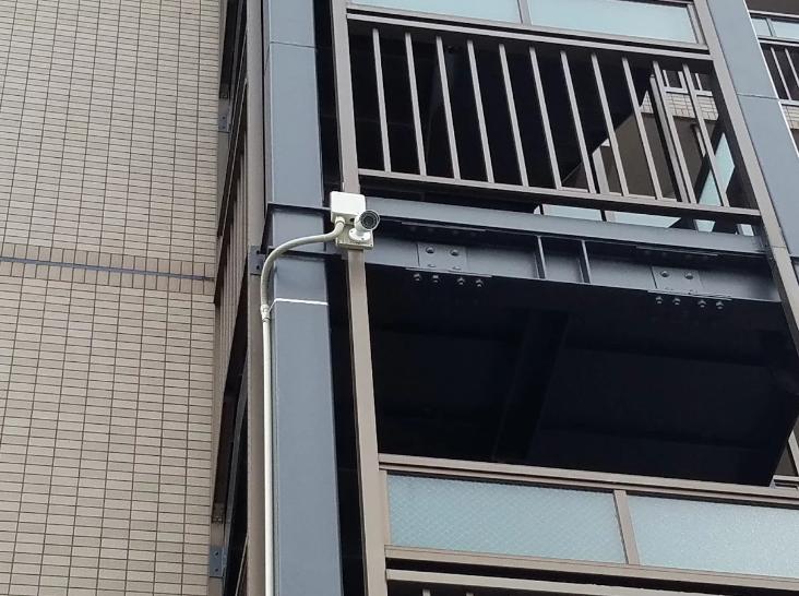 東京都 マンション屋外へのカメラ設置