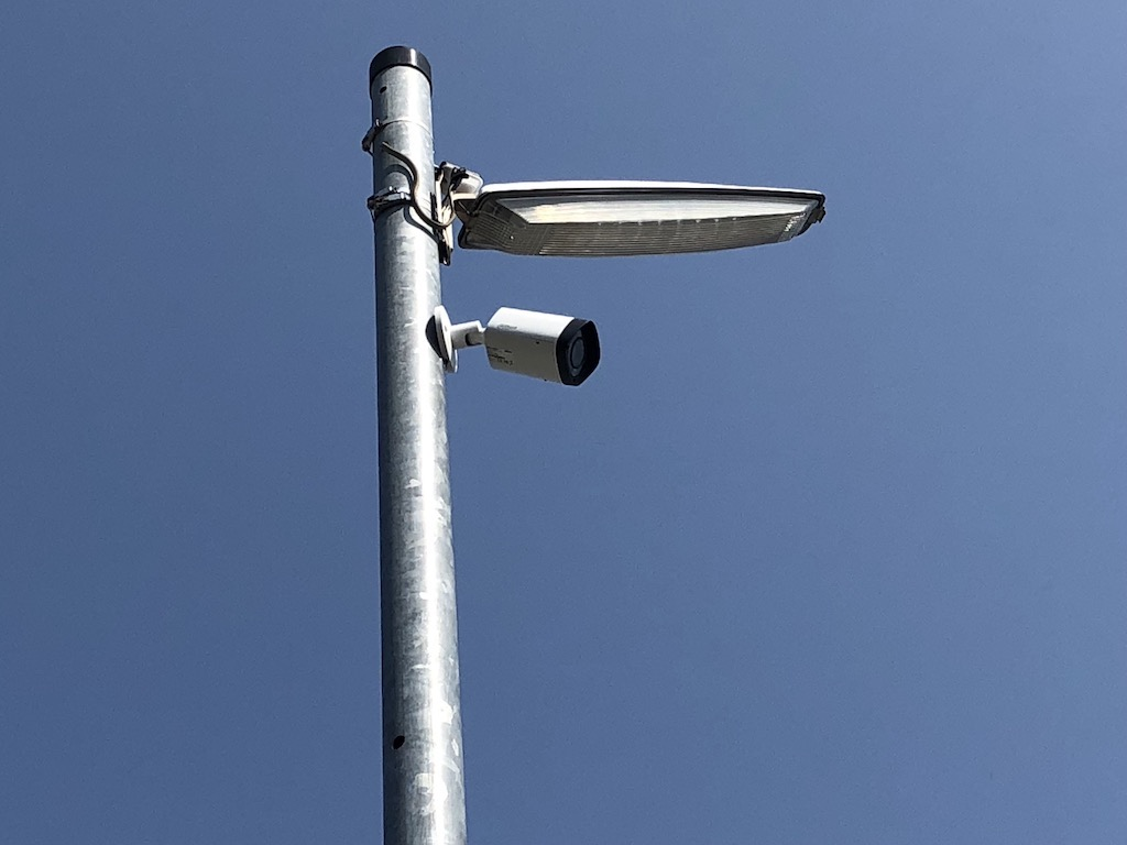 東京 青空駐車場 防犯カメラ設置