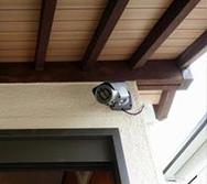 近隣イタズラ被害対策による防犯カメラ2台設置