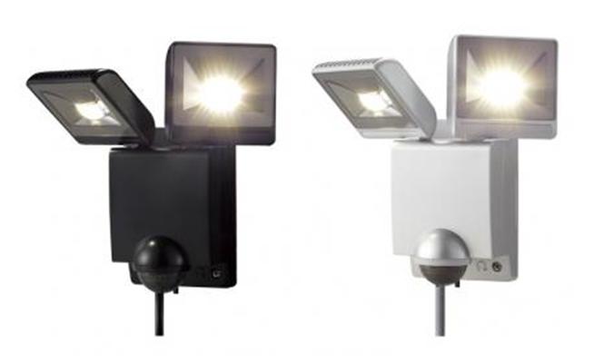 LED センサライト 2 灯型